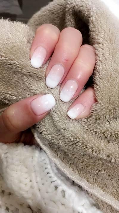 auxdoucheures-vernis-semi-permanent-blanc